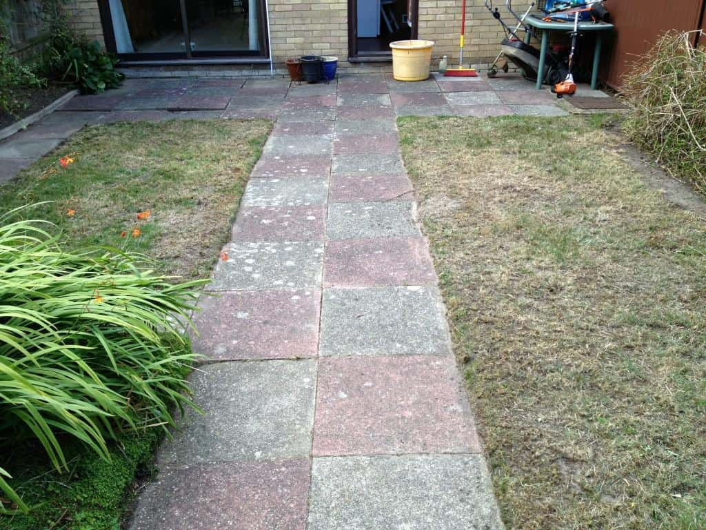 Regular garden maintenance in Bracknell