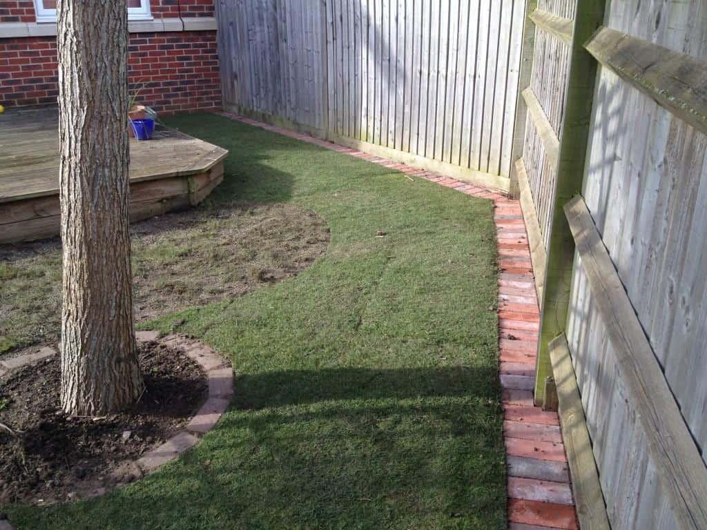 brick | block lawn edging