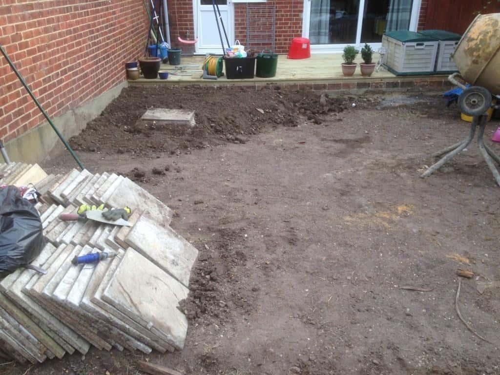 garden in reading being transformed