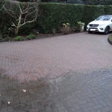 driveway cleaned, pressure washed