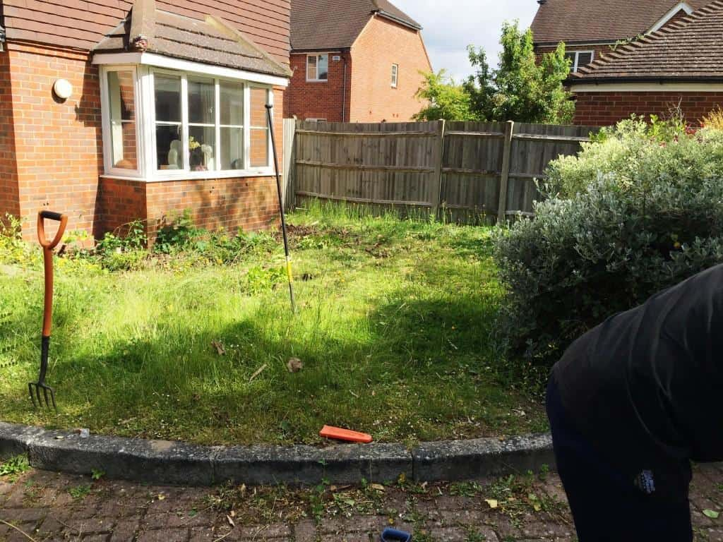 front garden to be returfed. Turfing service