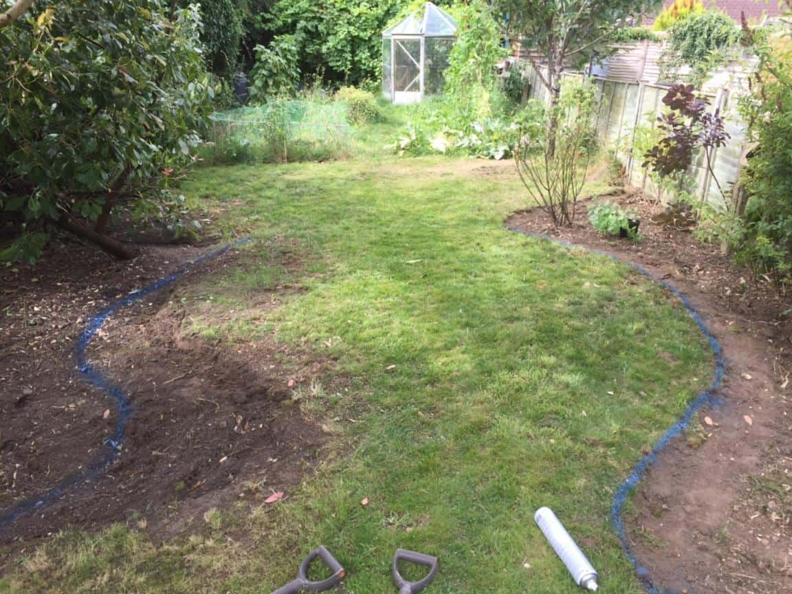 edging in garden