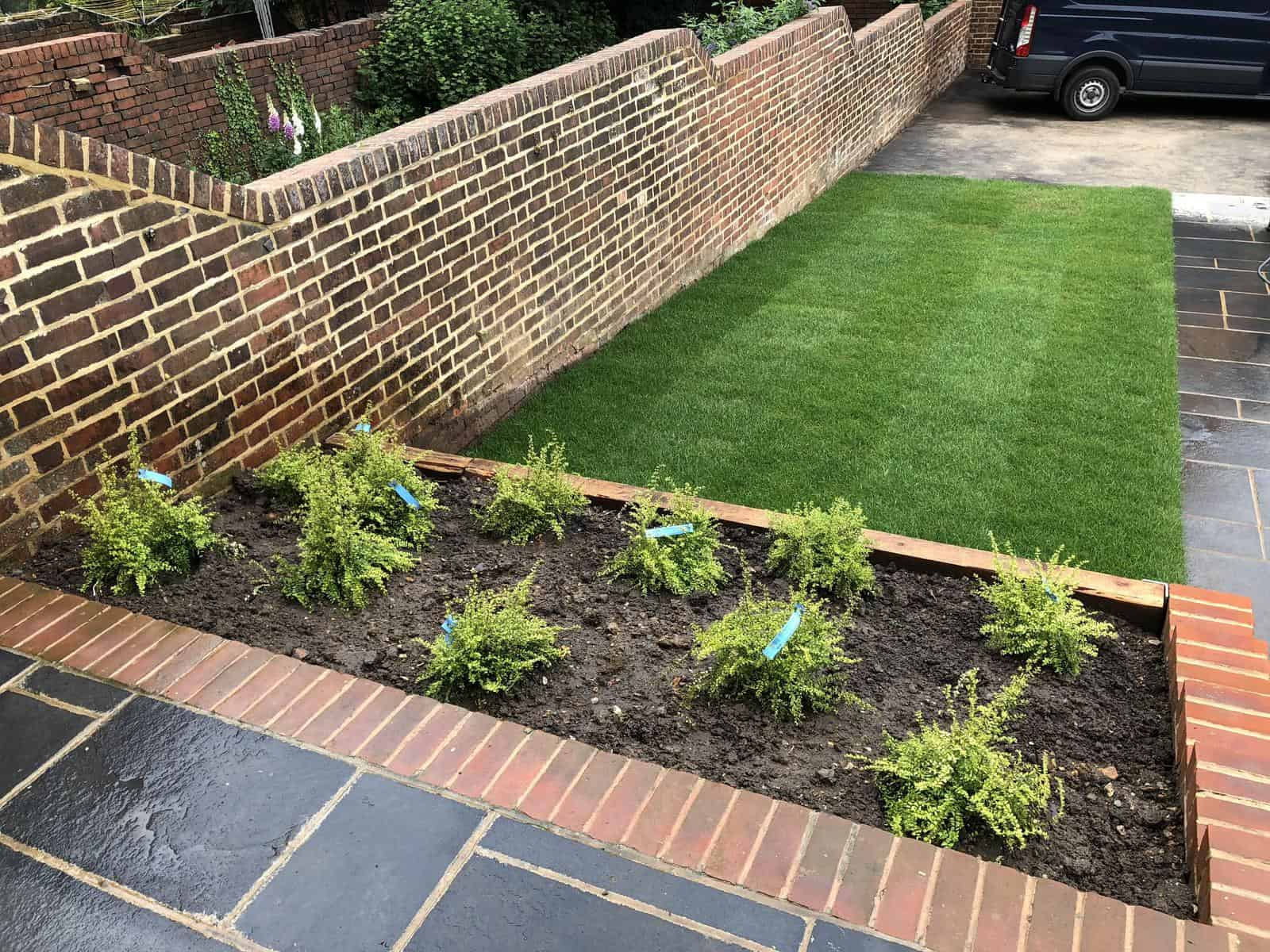 garden turfing and planting service