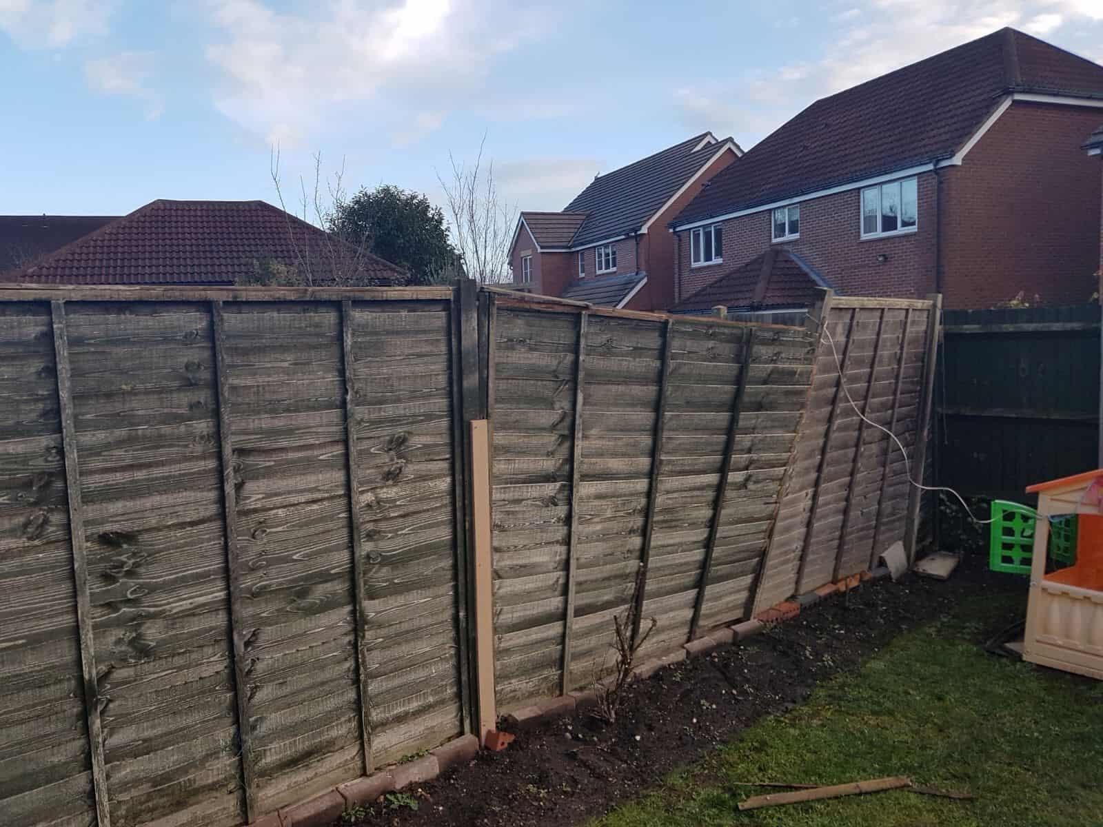 Garden fence work / fencing