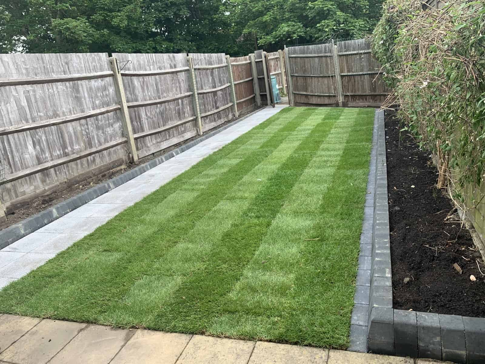 Small garden landscaping & turfing